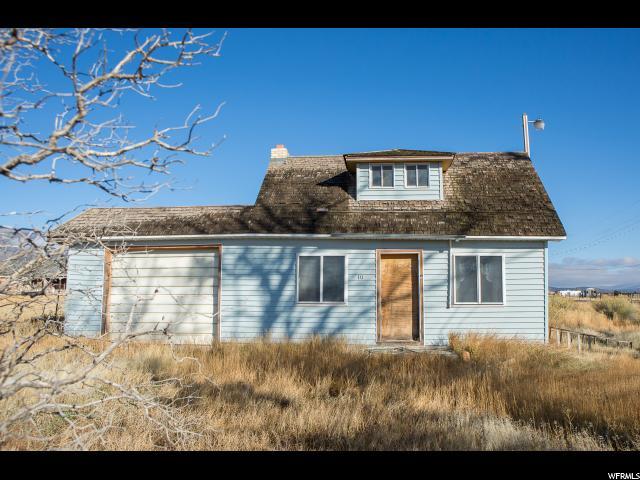 单亲家庭 为 销售 在 225 N 100 W Koosharem, 犹他州 84744 美国