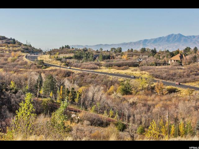 Additional photo for property listing at 9502 S GRANITE TRAIL Lane  桑迪, 犹他州 84092 美国