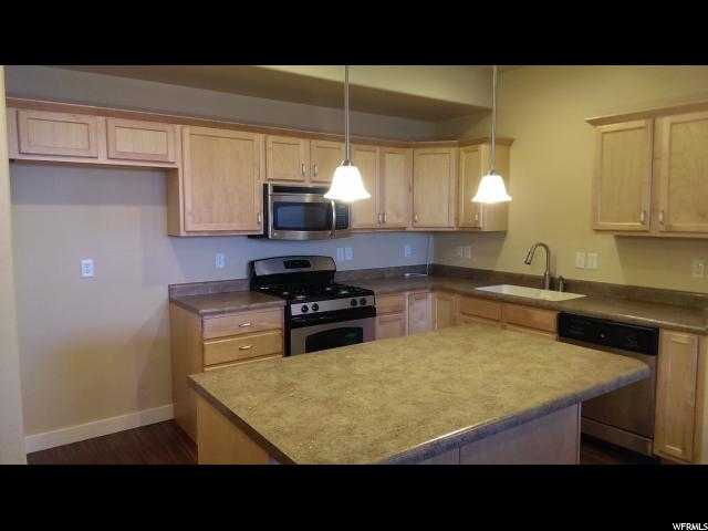 Additional photo for property listing at 10786 S OZARKS Drive  South Jordan, Utah 84095 États-Unis