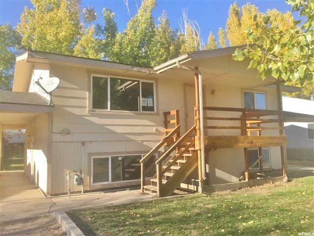 Dúplex por un Venta en 450 S ROOSEVELT Circle Roosevelt, Utah 84066 Estados Unidos