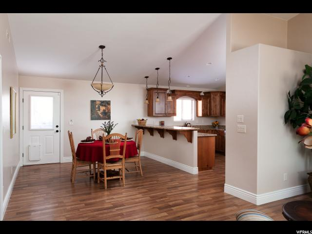 Additional photo for property listing at 192 W 200 S  Ivins, Utah 84738 Estados Unidos