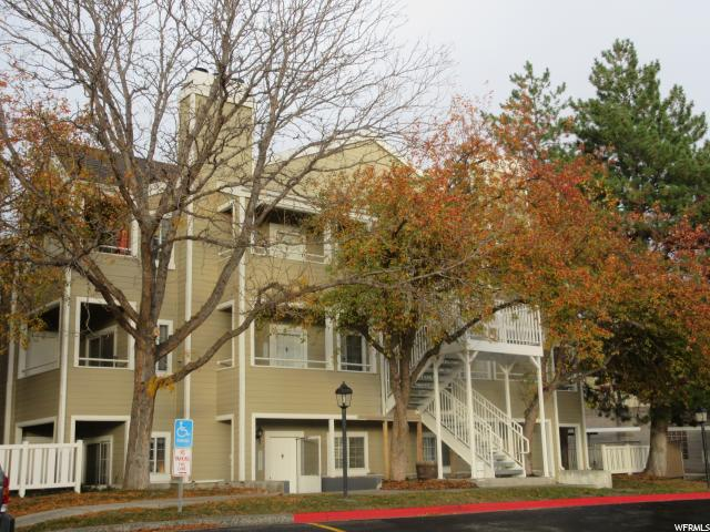 Condominio por un Venta en 1491 VINEYARD Court 1491 VINEYARD Court Unit: 3 Salt Lake City, Utah 84106 Estados Unidos