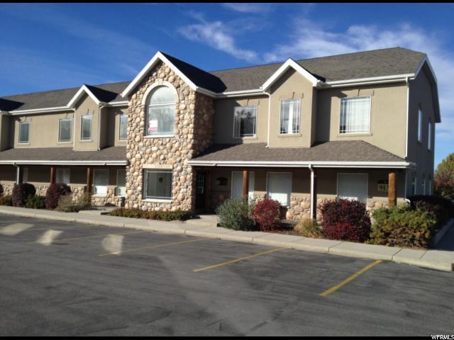商用 为 出租 在 9131 S MONROE PLZ 9131 S MONROE PLZ Unit: B 桑迪, 犹他州 84070 美国