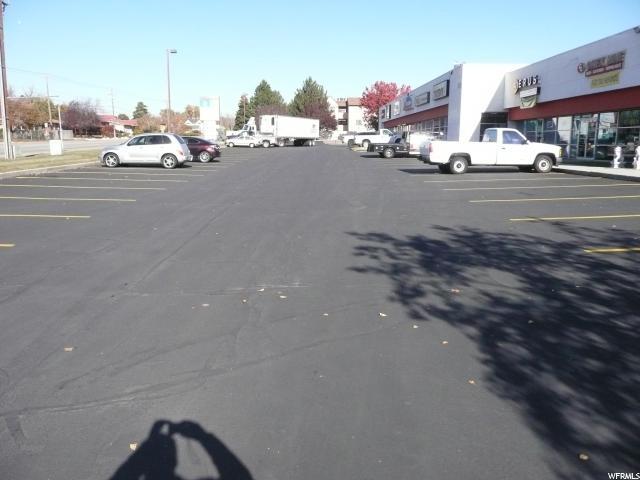 Additional photo for property listing at 1596 N HILL FEILD Road 1596 N HILL FEILD Road Layton, Utah 84041 Estados Unidos