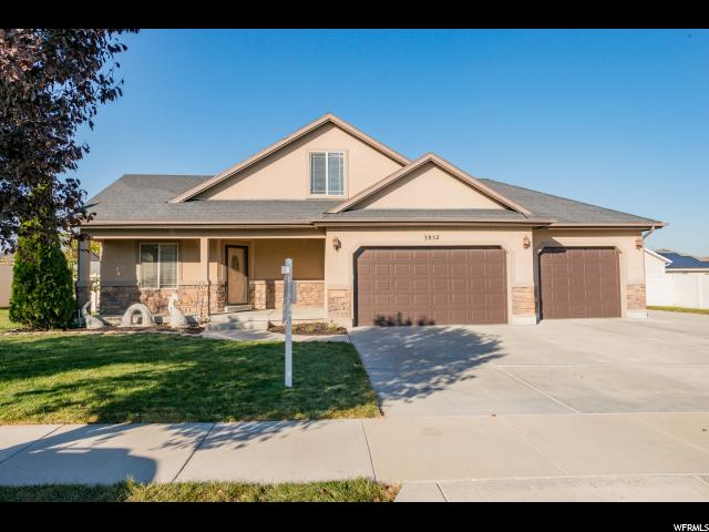 Unique la famille pour l Vente à 3852 W SALINAS Drive Riverton, Utah 84065 États-Unis