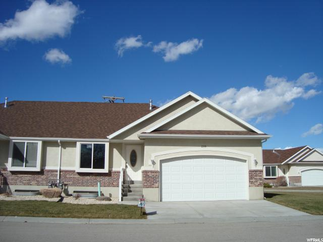 Condominio por un Venta en 239 E COUNTRY HAVEN Lane 239 E COUNTRY HAVEN Lane Unit: 239 Grantsville, Utah 84029 Estados Unidos