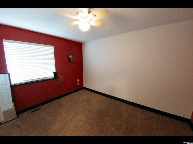 Additional photo for property listing at 333 W 2300 N  Harrisville, 犹他州 84414 美国