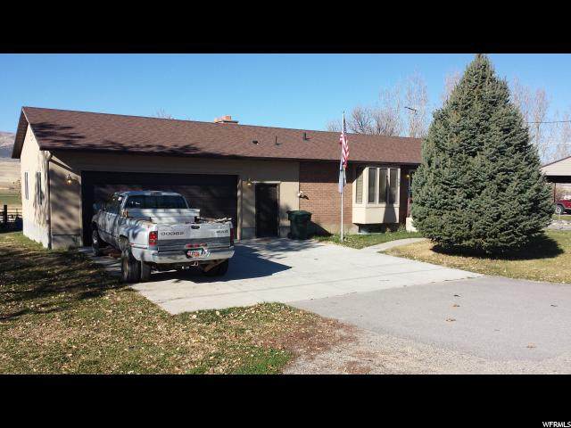 Additional photo for property listing at 580 S 200 W  Mona, Utah 84645 États-Unis
