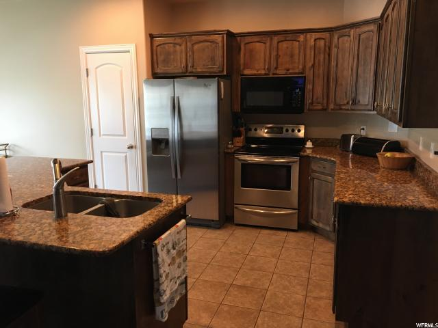 Additional photo for property listing at 453 N 3550 W  Layton, Utah 84041 United States