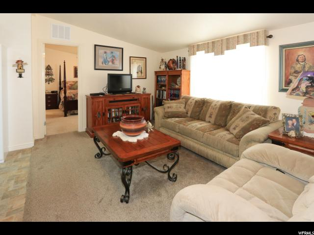 Additional photo for property listing at 795 S 100 W  Payson, Юта 84651 Соединенные Штаты