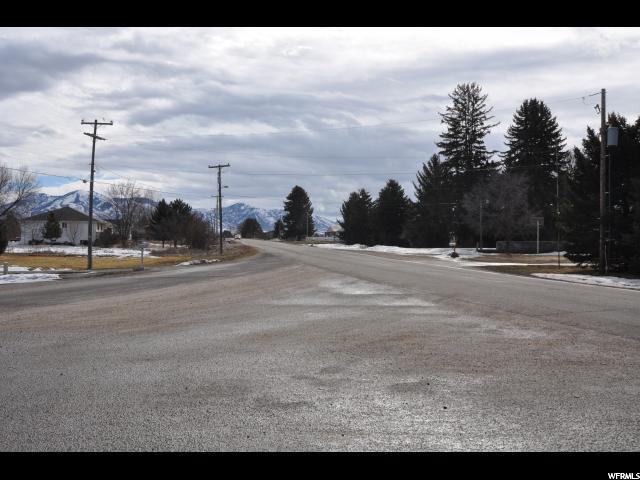 Additional photo for property listing at 825 E MAIN  Wellsville, Utah 84339 United States