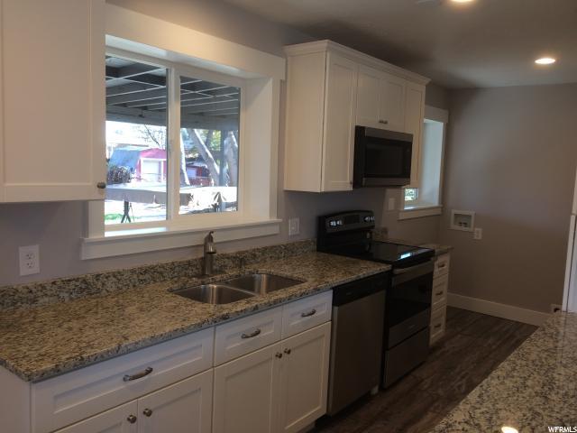 Additional photo for property listing at 5831 S 157 W  Murray, Utah 84107 Estados Unidos