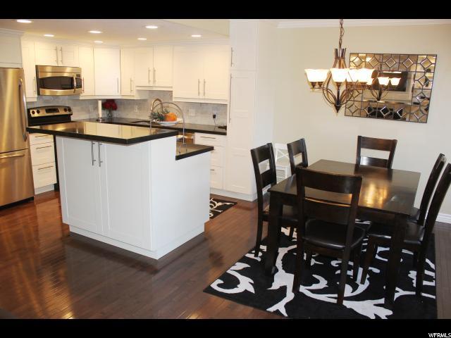 Condominio por un Venta en 5630 HIGHLAND PARK Court Holladay, Utah 84121 Estados Unidos