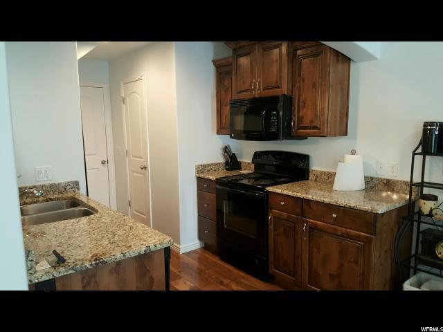 Additional photo for property listing at 1000 E BLUFFVIEW TOWN HOMES 1000 E BLUFFVIEW TOWN HOMES Unit: 122 Washington, Юта 84780 Соединенные Штаты