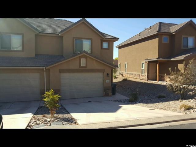 Maison accolée pour l Vente à 1000 E BLUFFVIEW TOWN HOMES 1000 E BLUFFVIEW TOWN HOMES Unit: 122 Washington, Utah 84780 États-Unis