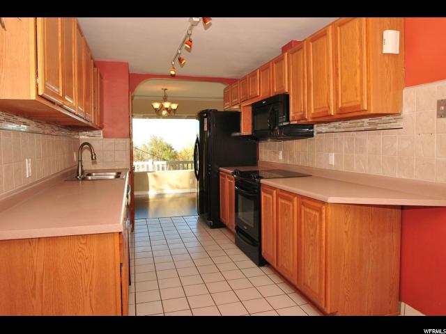 Additional photo for property listing at 3110 S PLATEAU Drive  Salt Lake City, Utah 84109 États-Unis