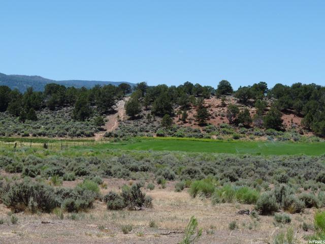 Additional photo for property listing at 125 E HIGHWAY 12 125 E HIGHWAY 12 Grover, Utah 84773 Estados Unidos