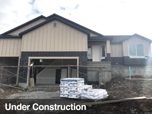 单亲家庭 为 销售 在 7886 BUCKHORN Road Lake Point, 犹他州 84074 美国