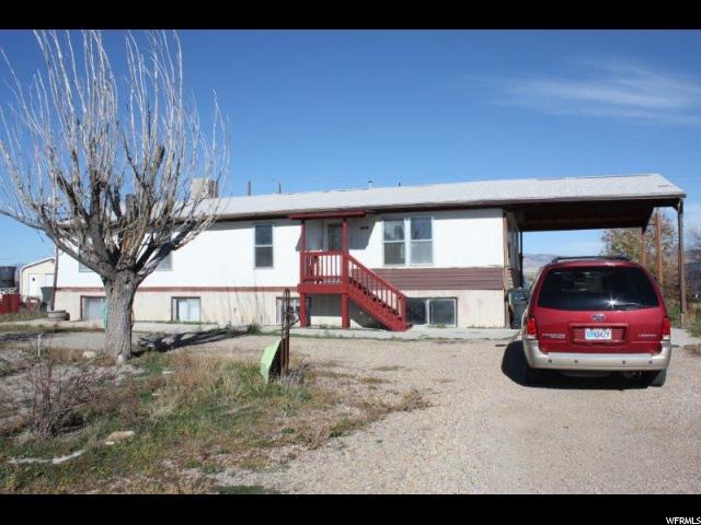 单亲家庭 为 出租 在 1935 E 100 N Wellington, 犹他州 84542 美国