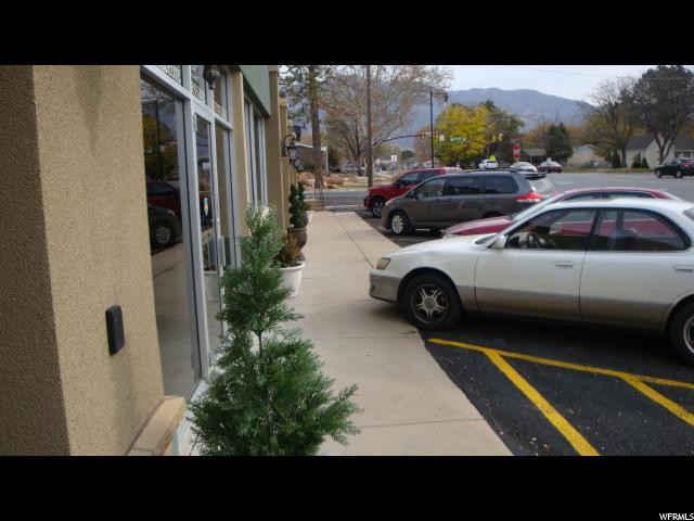 Commercial for Rent at 69 E 200 N REAR Kaysville, Utah 84037 United States