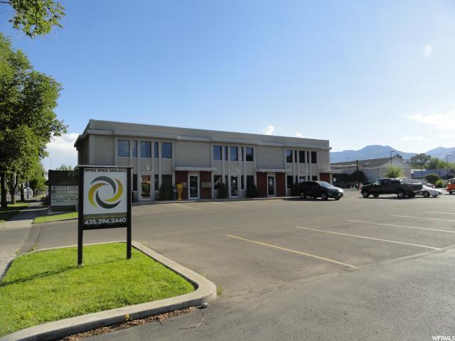 Commercial pour l à louer à 664 N MAIN Street 664 N MAIN Street Unit: 102 Logan, Utah 84321 États-Unis