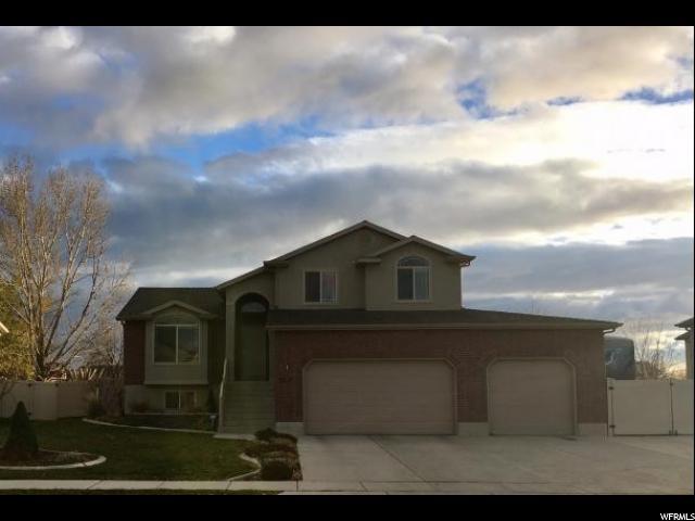 单亲家庭 为 销售 在 3713 W 5275 S Roy, 犹他州 84067 美国