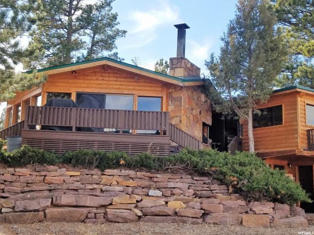 Unique la famille pour l Vente à 1210 PONDEROSA Lane Greendale, Utah 84023 États-Unis