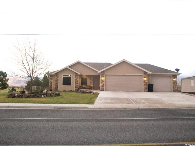 Single Family for Sale at 1855 S COVE VIEW Road Richfield, Utah 84701 United States