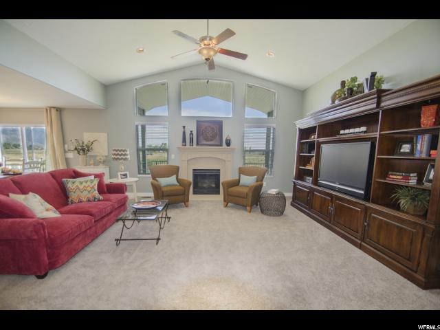Additional photo for property listing at 3572 S 5160 W 3572 S 5160 W Unit: 2 Hooper, Utah 84315 United States