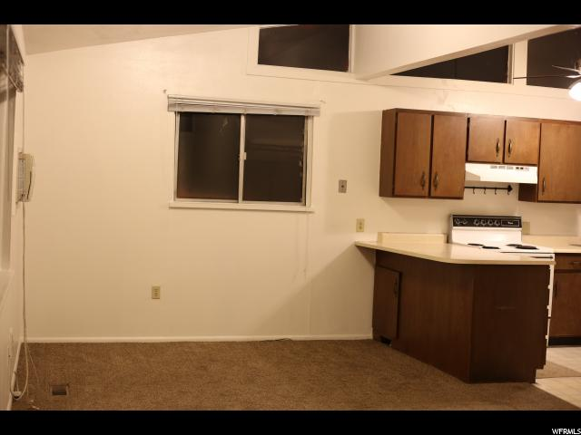 Additional photo for property listing at 189 N 300 E 189 N 300 E Provo, Utah 84606 Estados Unidos