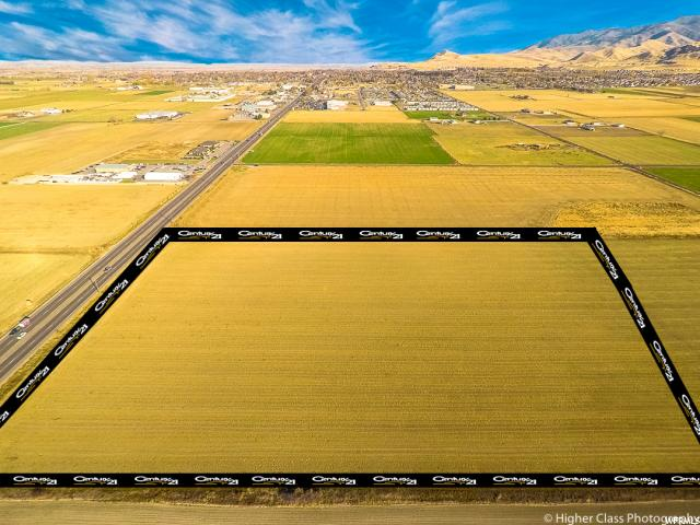 Additional photo for property listing at 4250 N HWY 91 4250 N HWY 91 Hyde Park, 犹他州 84318 美国