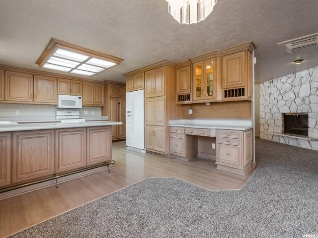 Single Family for Sale at 3556 W 4850 S Taylorsville, Utah 84118 United States