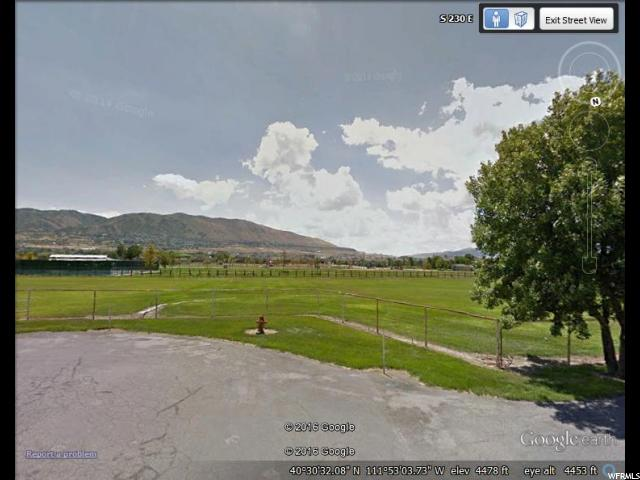 Additional photo for property listing at 13328 S OLD FARM CV 13328 S OLD FARM CV Draper, Utah 84020 United States