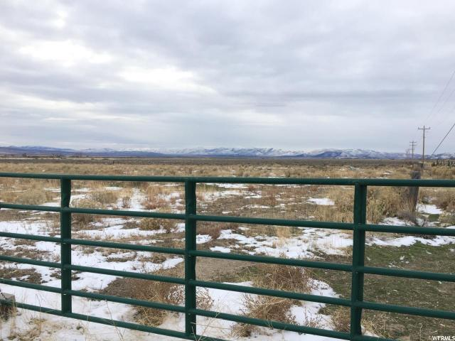 Additional photo for property listing at 17575 N 54000 W 17575 N 54000 W Park Valley, Utah 84329 Estados Unidos