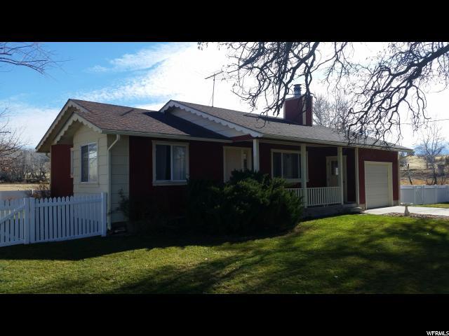 单亲家庭 为 销售 在 223 S COTTONWOOD Drive Leamington, 犹他州 84638 美国