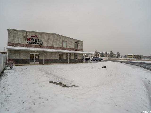 Commercial pour l Vente à 3476 W 4600 S West Haven, Utah 84401 États-Unis