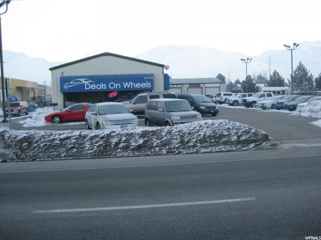 Commercial pour l Vente à 1840 N MAIN Street North Logan, Utah 84341 États-Unis