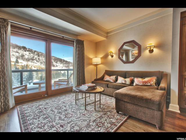 Appartement en copropriété pour l Vente à 2300 E DEER VALLEY Drive 2300 E DEER VALLEY Drive Unit: 202-2A Park City, Utah 84060 États-Unis