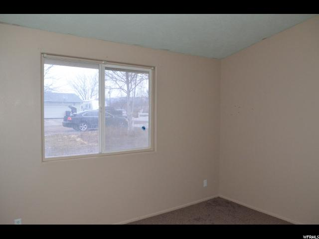 Additional photo for property listing at 365 W 900 S 365 W 900 S Mount Pleasant, Utah 84647 Estados Unidos