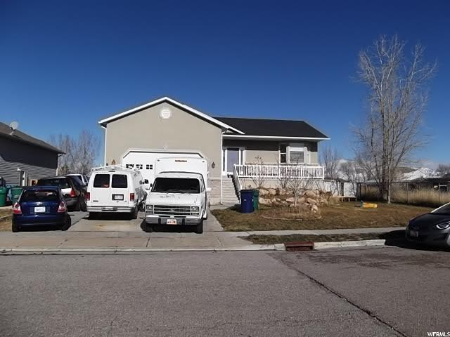 Additional photo for property listing at 4068 W 4600 S 4068 W 4600 S Roy, Utah 84067 États-Unis