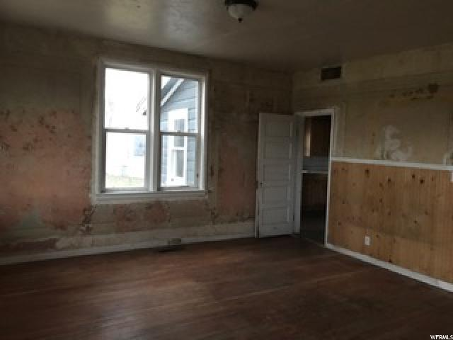 Additional photo for property listing at 310 S MAIN Street  Spring City, Utah 84662 United States