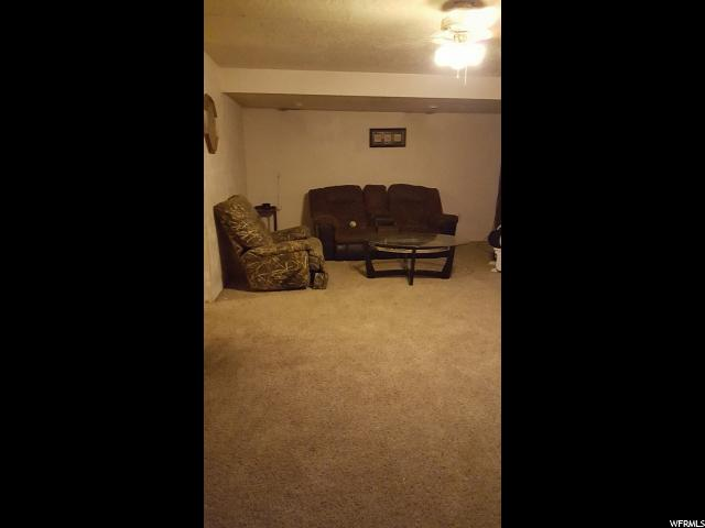 Additional photo for property listing at 219 W 650 N 219 W 650 N Vernal, 犹他州 84078 美国