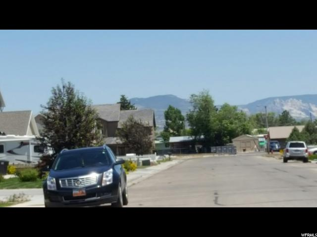 Additional photo for property listing at 219 W 650 N 219 W 650 N Vernal, Utah 84078 États-Unis
