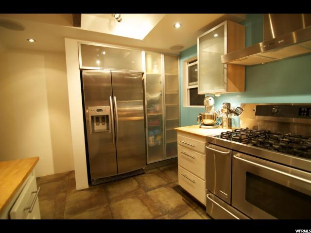 Single Family for Sale at 290 N WOODLAND Drive Summit Park, Utah 84098 United States
