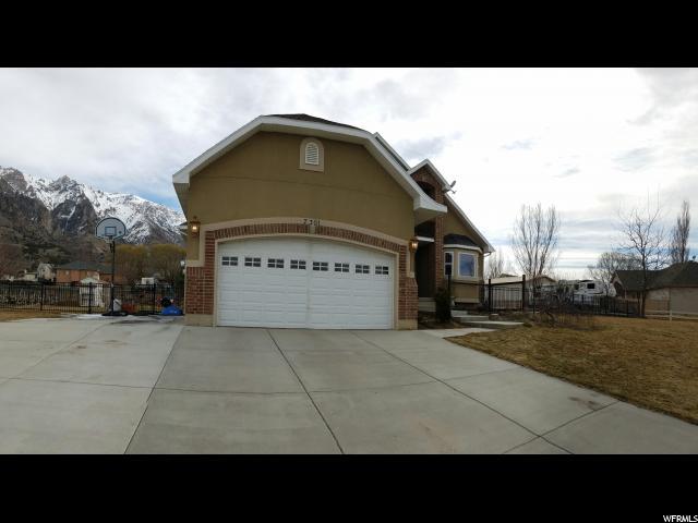 单亲家庭 为 销售 在 7301 S 800 W Willard, 犹他州 84340 美国