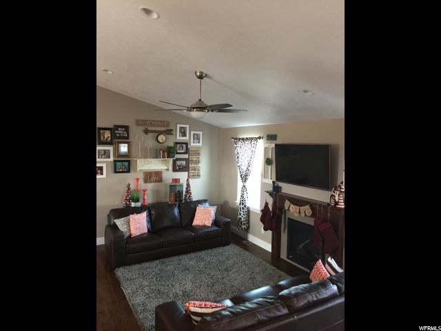 Additional photo for property listing at 421 S ROADSTER Lane  Grantsville, 犹他州 84029 美国