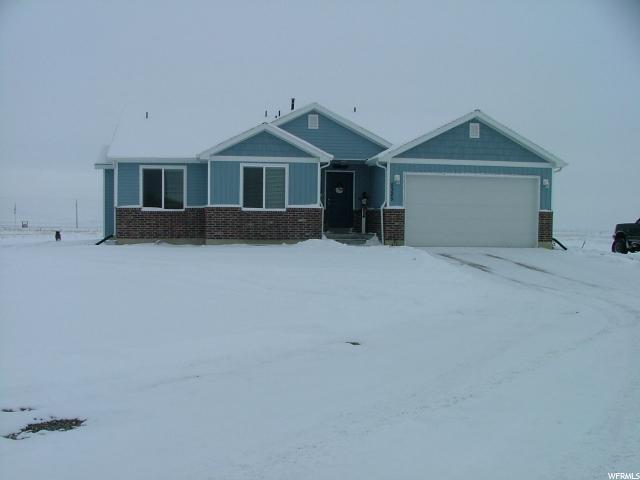 单亲家庭 为 销售 在 5325 W 20000 N Plymouth, 犹他州 84330 美国