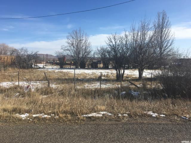 土地 为 销售 在 7428 N 7500 E Lapoint, 犹他州 84039 美国