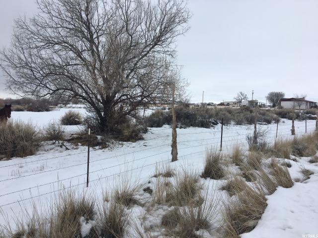 Terrain pour l Vente à 7428 N 7500 E Lapoint, Utah 84039 États-Unis