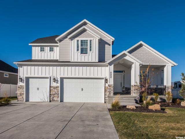 Unique la famille pour l Vente à 8668 S OKUBO Drive 8668 S OKUBO Drive Unit: 102 West Jordan, Utah 84088 États-Unis